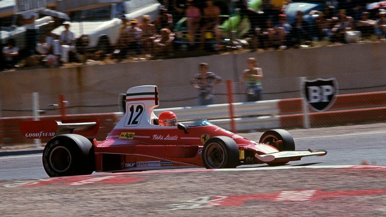1975_Ferrari_312T_Niki_Lauda_0005