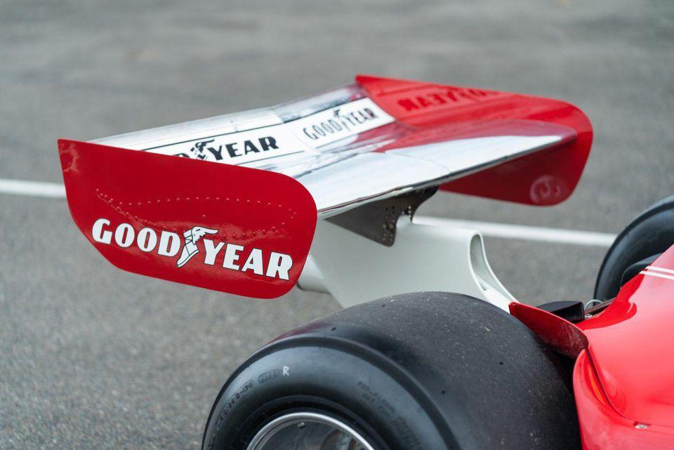 1975_Ferrari_312T_Niki_Lauda_0014