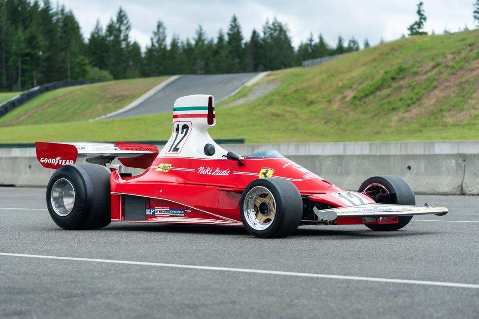 1975_Ferrari_312T_Niki_Lauda_0015