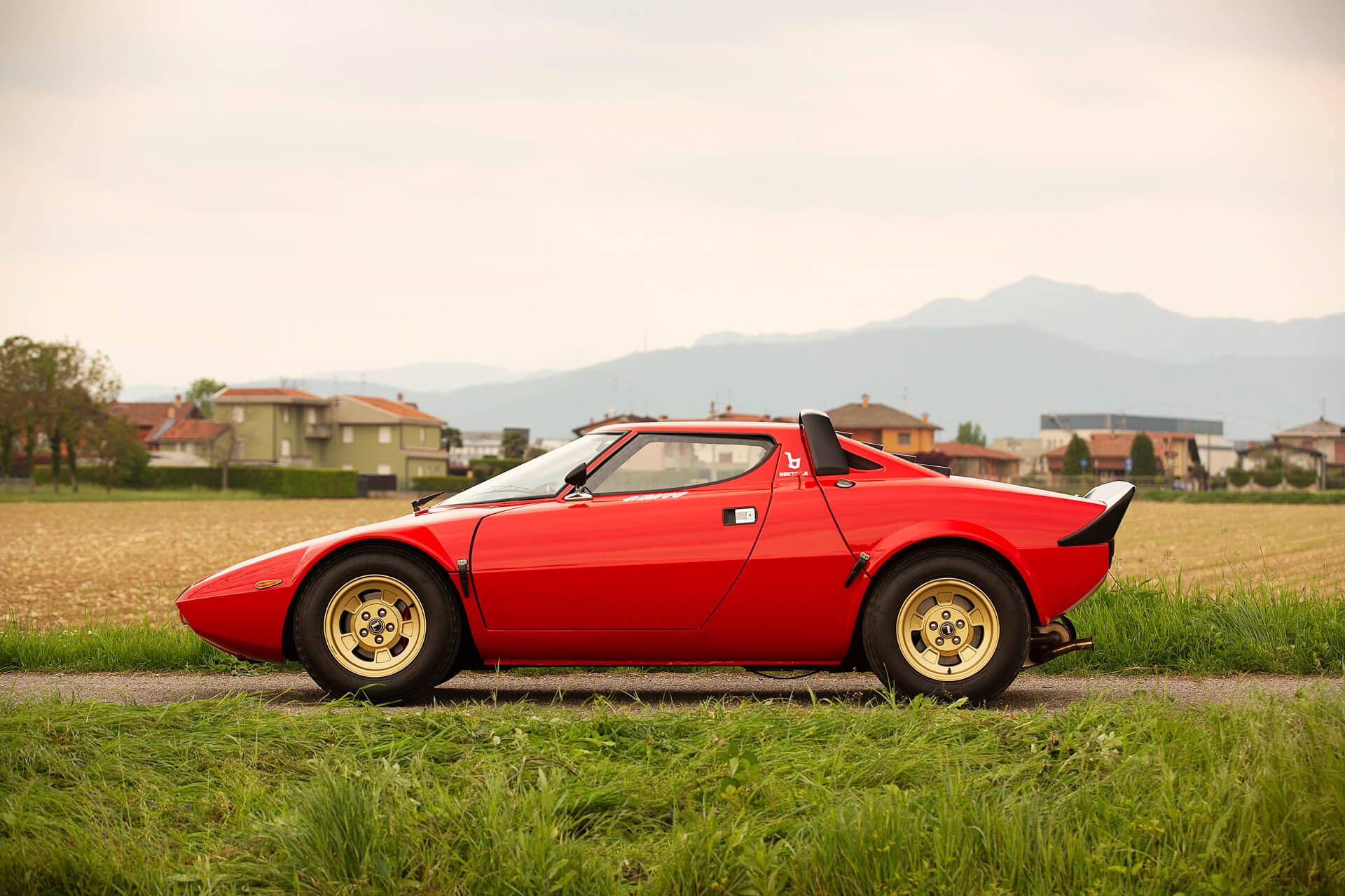 1977_Lancia_Stratos_HF_Stradale_0008