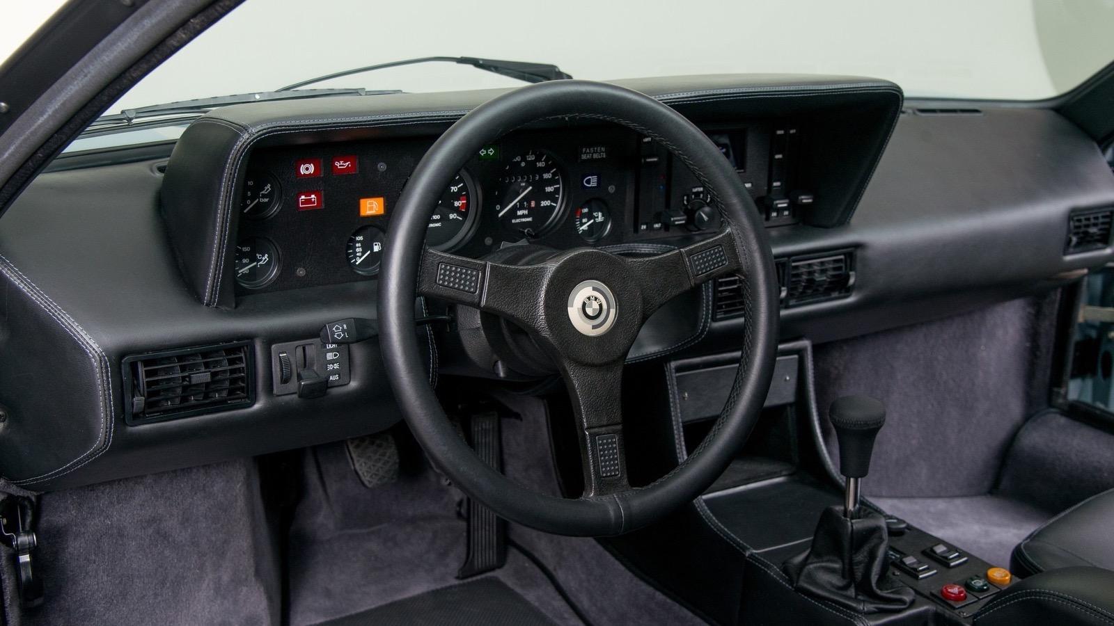 1979_BMW_M1_Procar_32