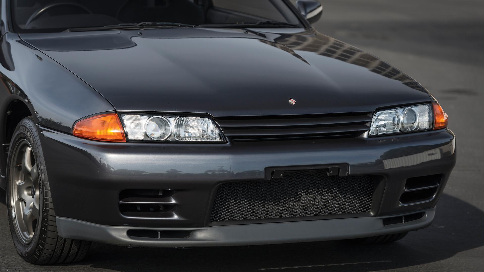 1989_Nissan_Skylline_GT-R_R32_Auction_17