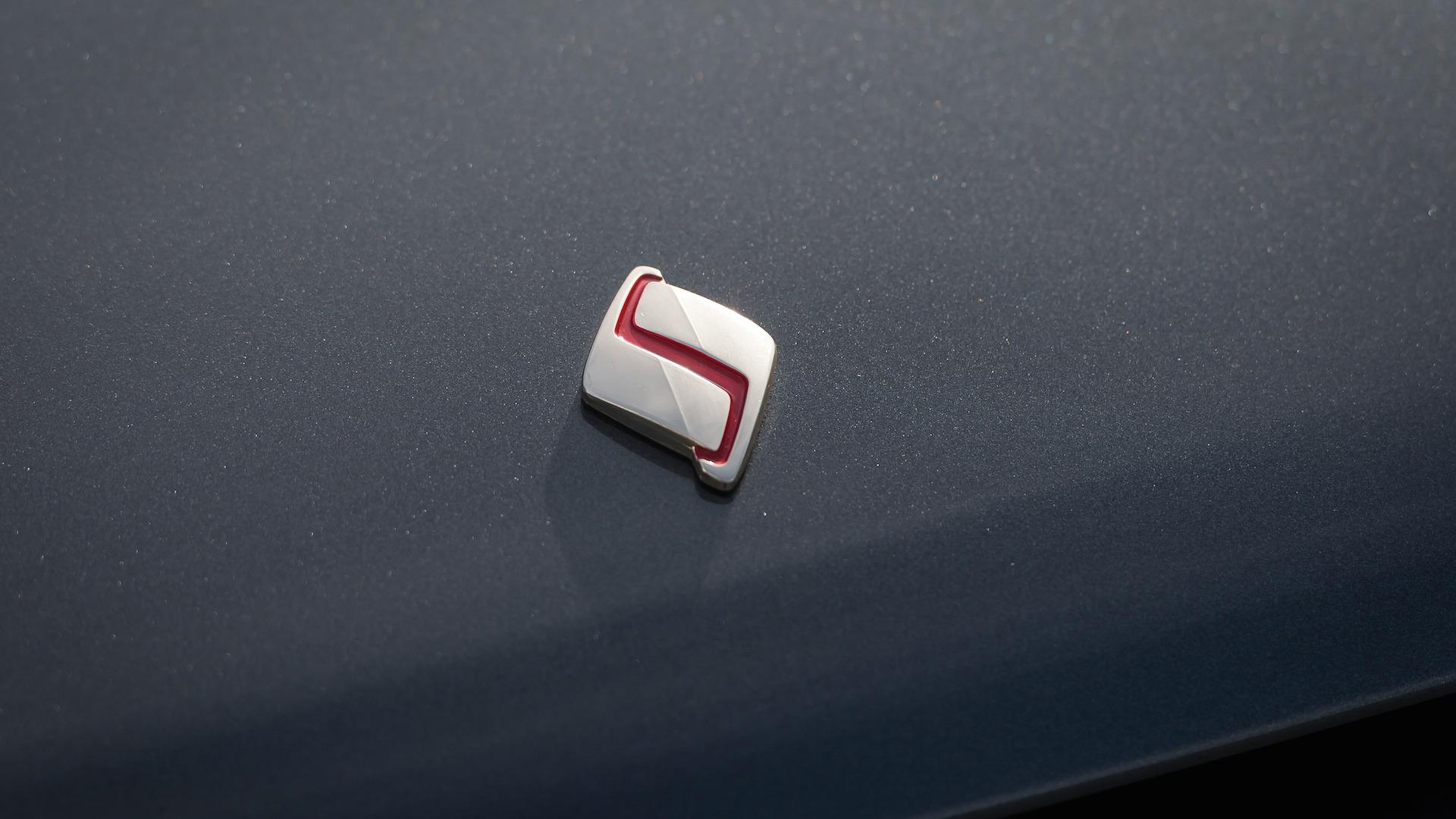 1989_Nissan_Skylline_GT-R_R32_Auction_20