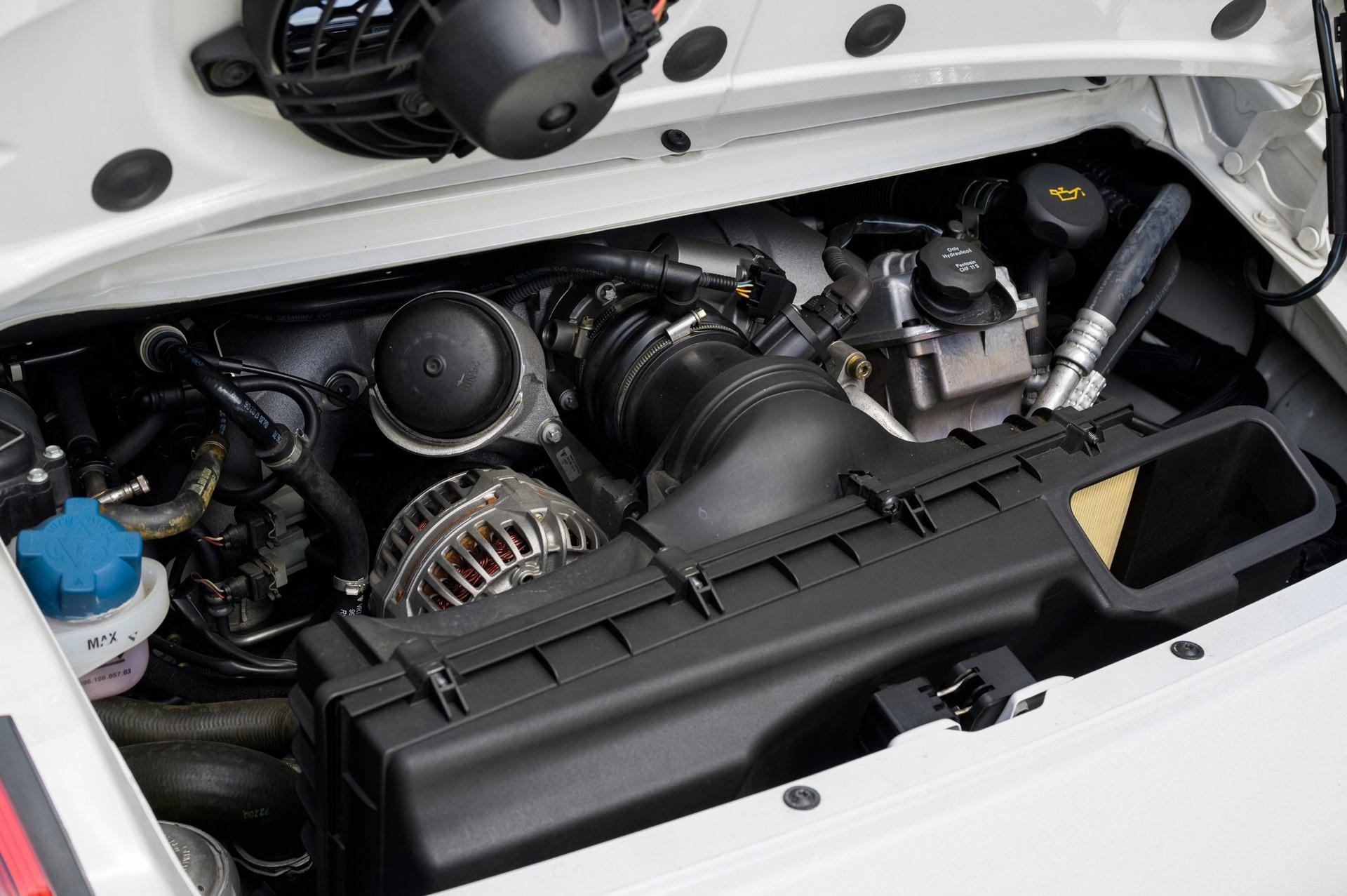 20-years-of-the-Porsche-911-GT3-32