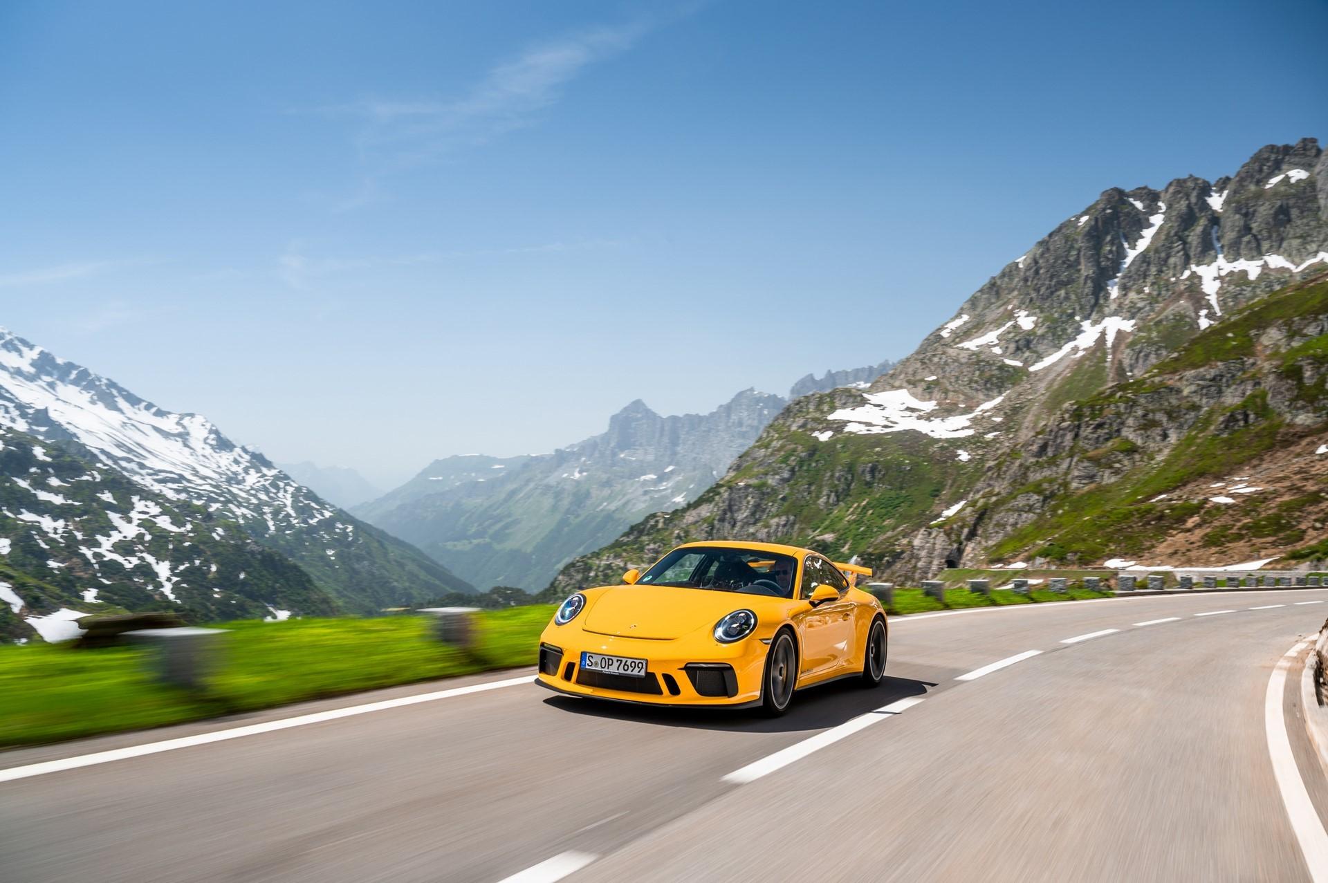 20-years-of-the-Porsche-911-GT3-33