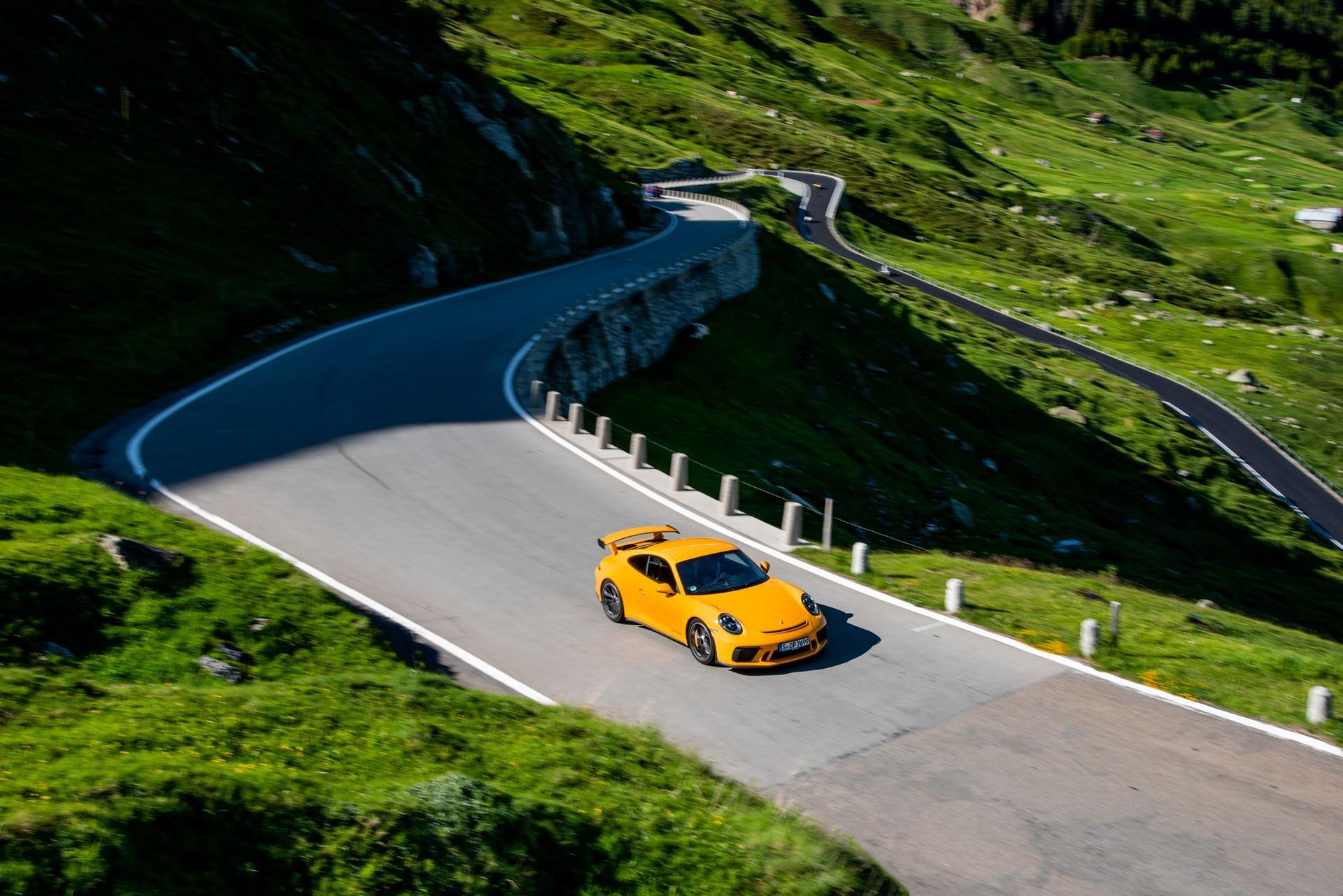 20-years-of-the-Porsche-911-GT3-35