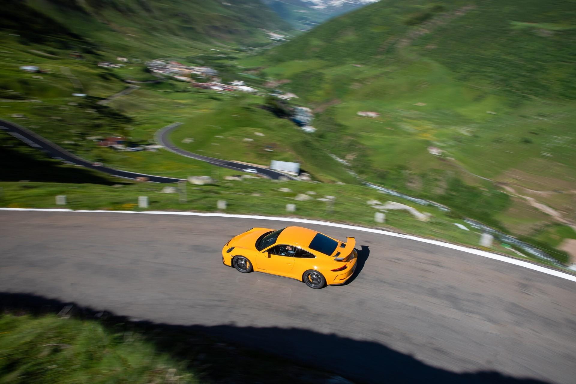 20-years-of-the-Porsche-911-GT3-38