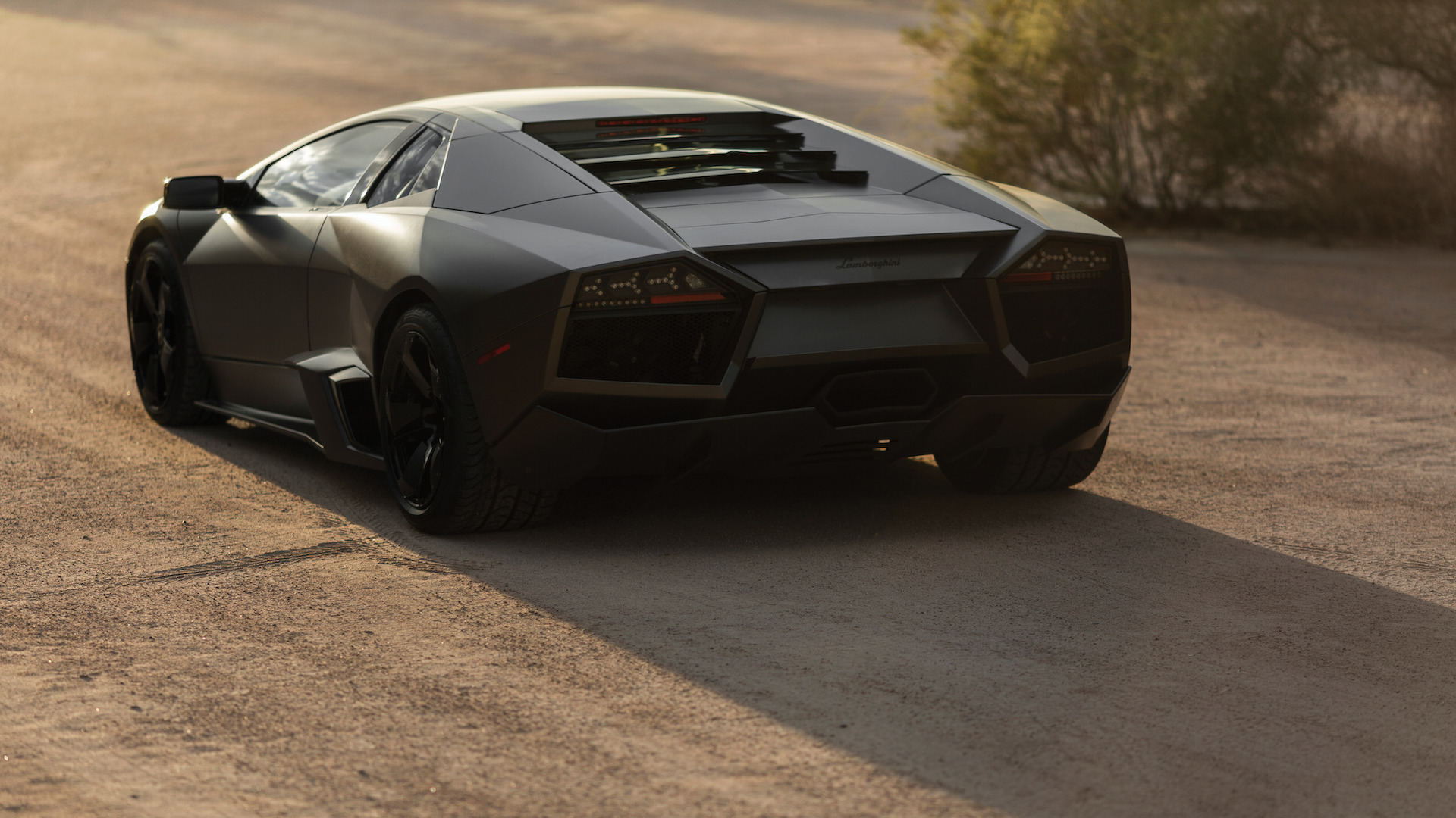 2007_Lamborghini_Reventon_Auction_06