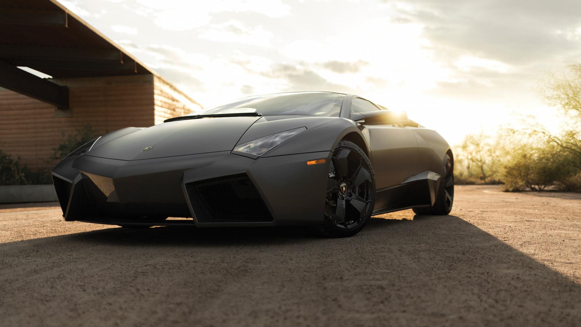 2007_Lamborghini_Reventon_Auction_09