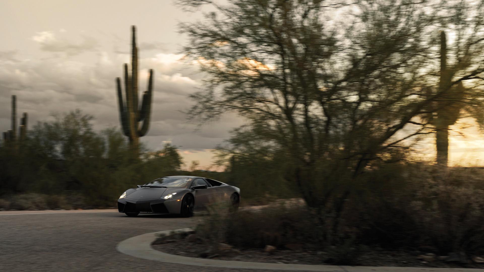 2007_Lamborghini_Reventon_Auction_10