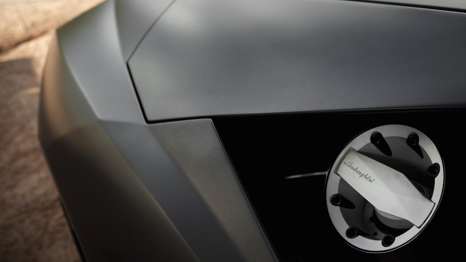 2007_Lamborghini_Reventon_Auction_14