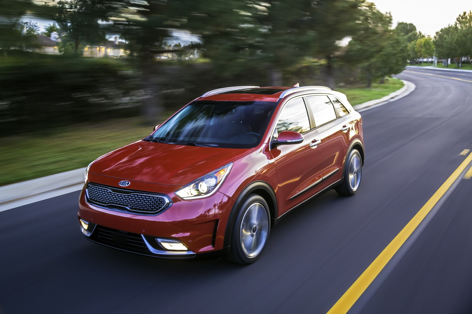 all new 2017 niro hybrid utility vehicle arrives in the windy city for