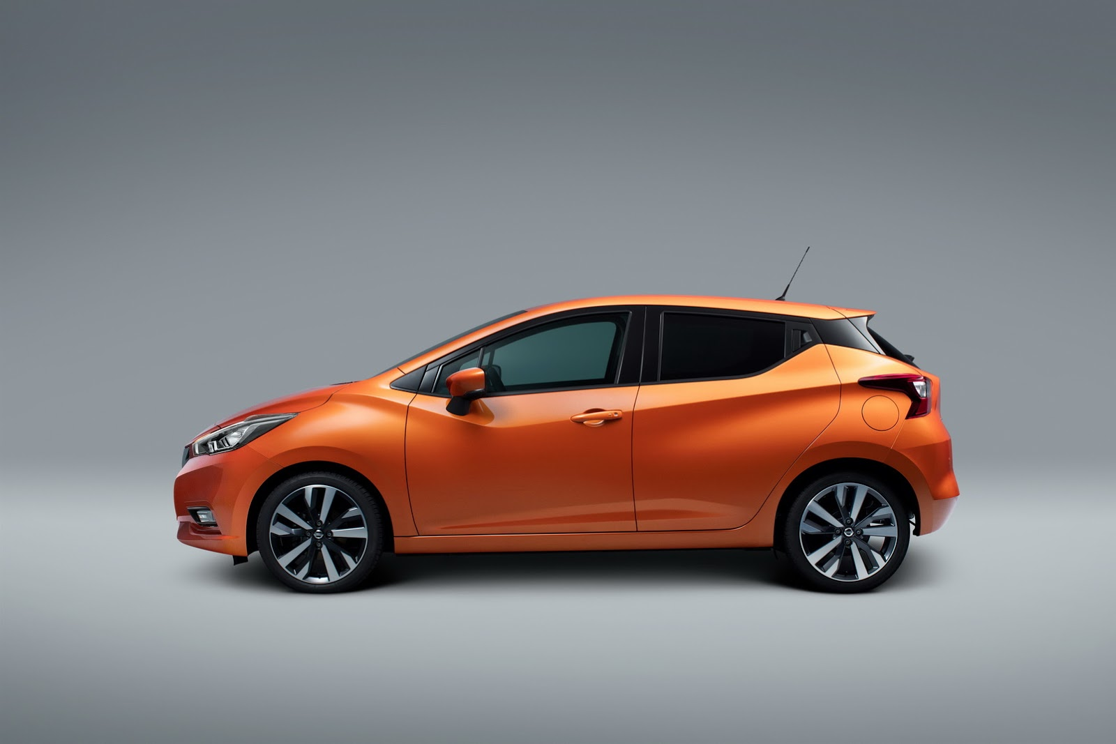 2017_Nissan_Micra_02