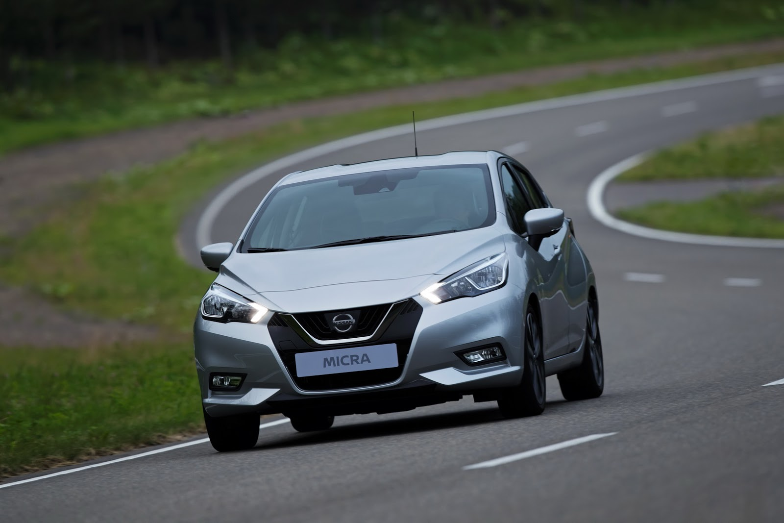 2017_Nissan_Micra_28