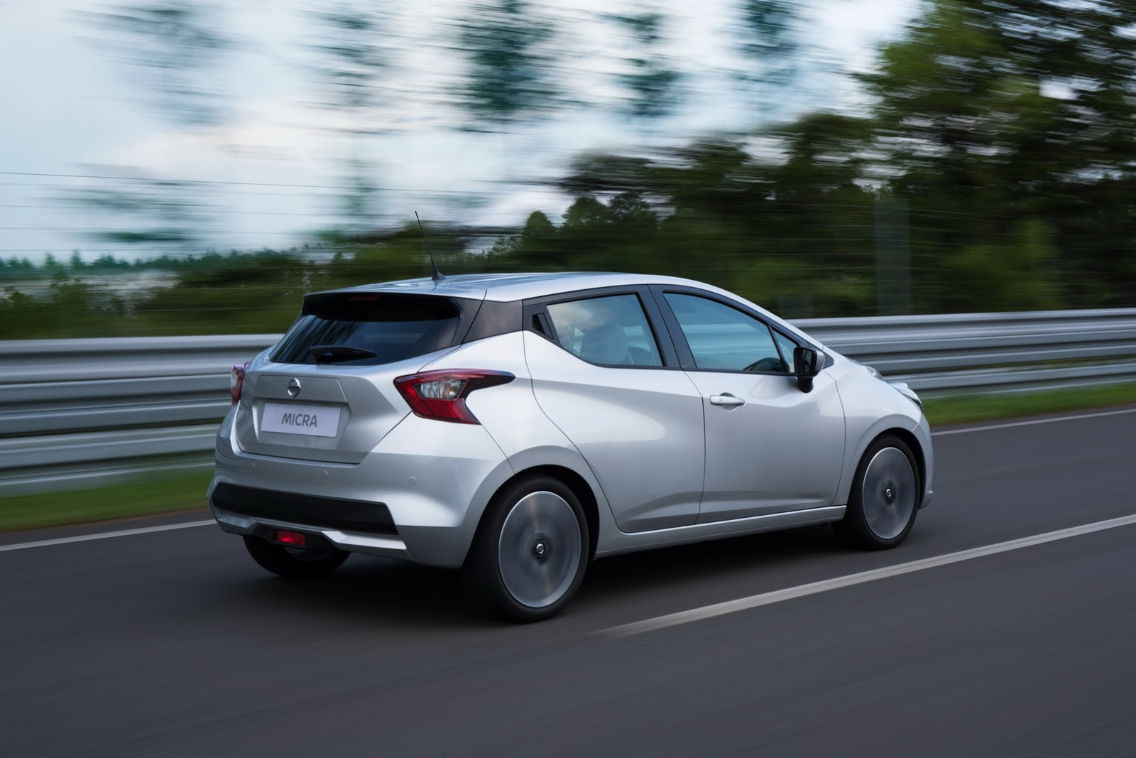 2017_Nissan_Micra_33