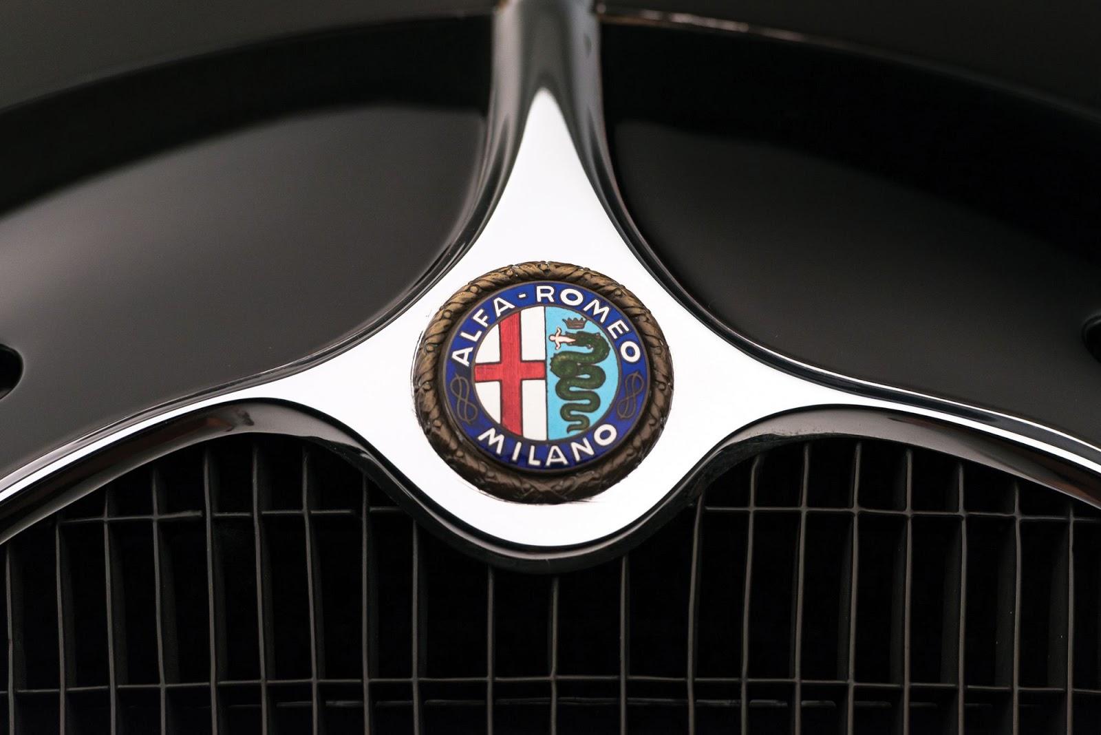 1942_Alfa_Romeo_6C_2500_SS_Spider_04