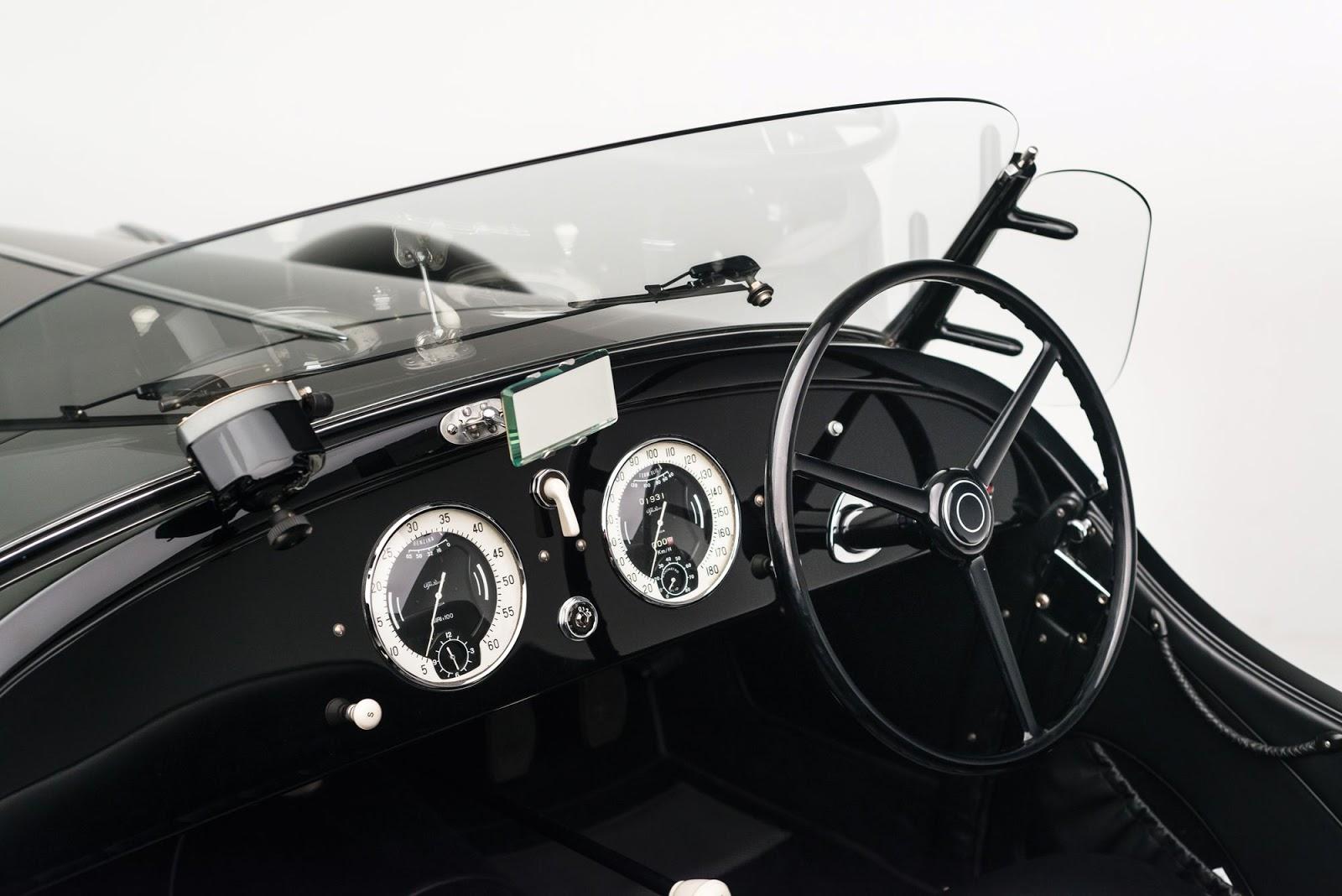 1942_Alfa_Romeo_6C_2500_SS_Spider_12