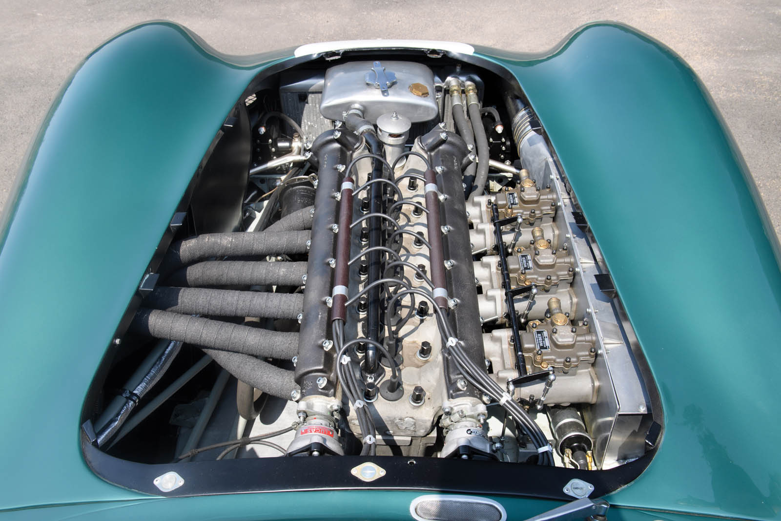 1956_Aston_Martin_DBR1_03