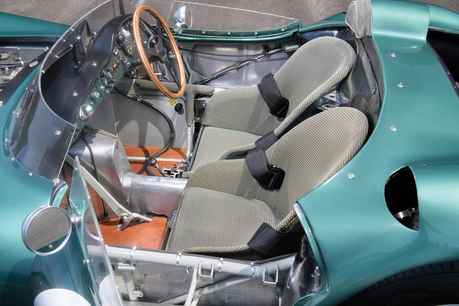 1956_Aston_Martin_DBR1_04
