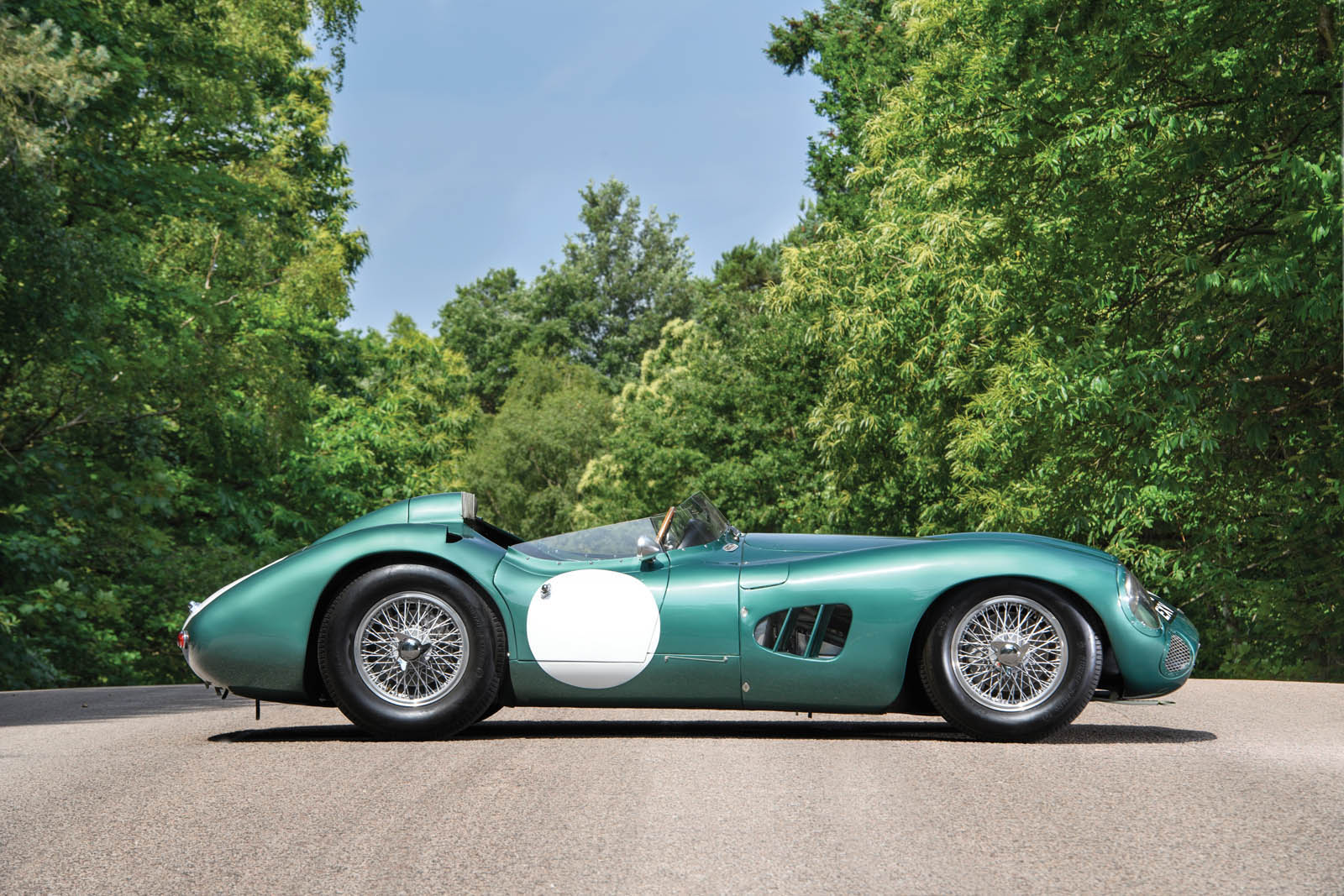 1956_Aston_Martin_DBR1_05