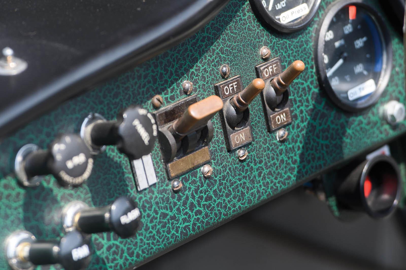 1956_Aston_Martin_DBR1_22