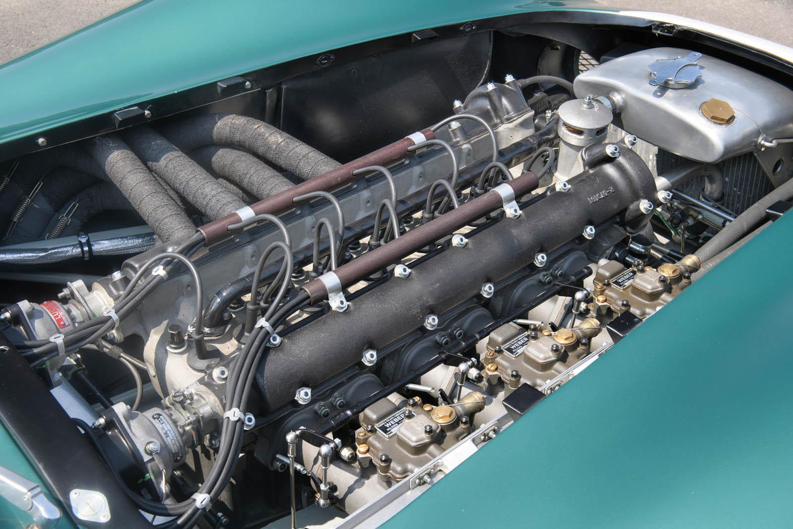 1956_Aston_Martin_DBR1_25