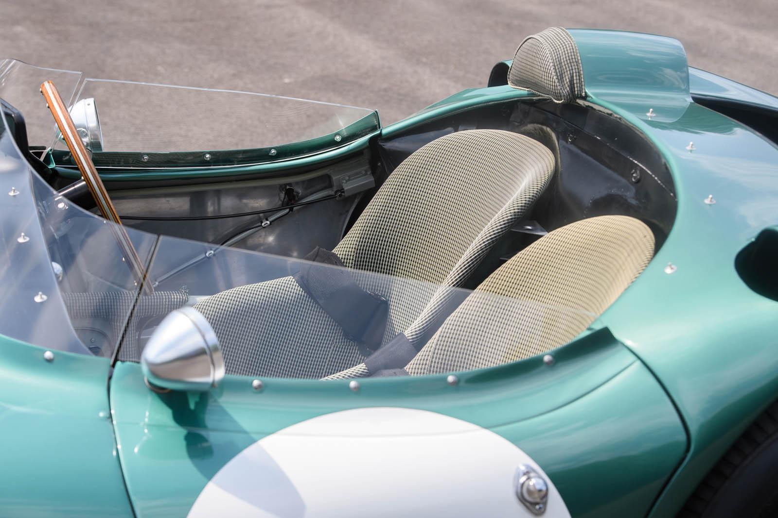 1956_Aston_Martin_DBR1_40