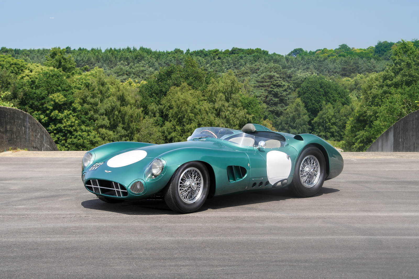 1956_Aston_Martin_DBR1_45