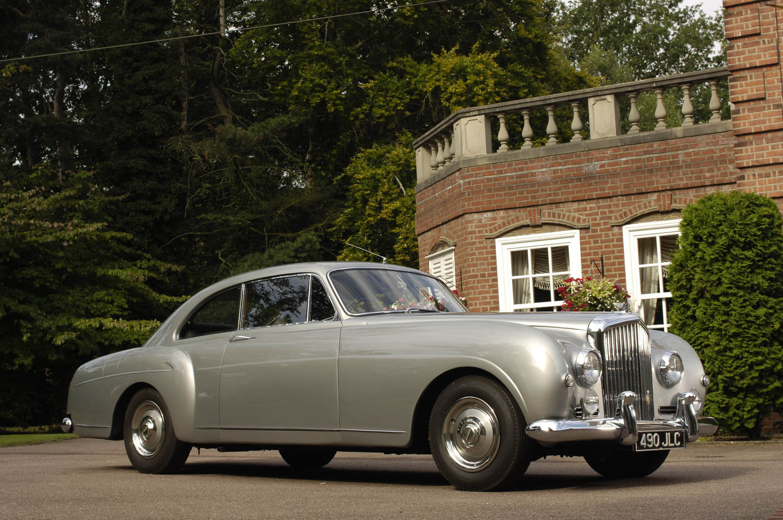 1959_Bentley_S1_Continental_Sport_Saloon_0000