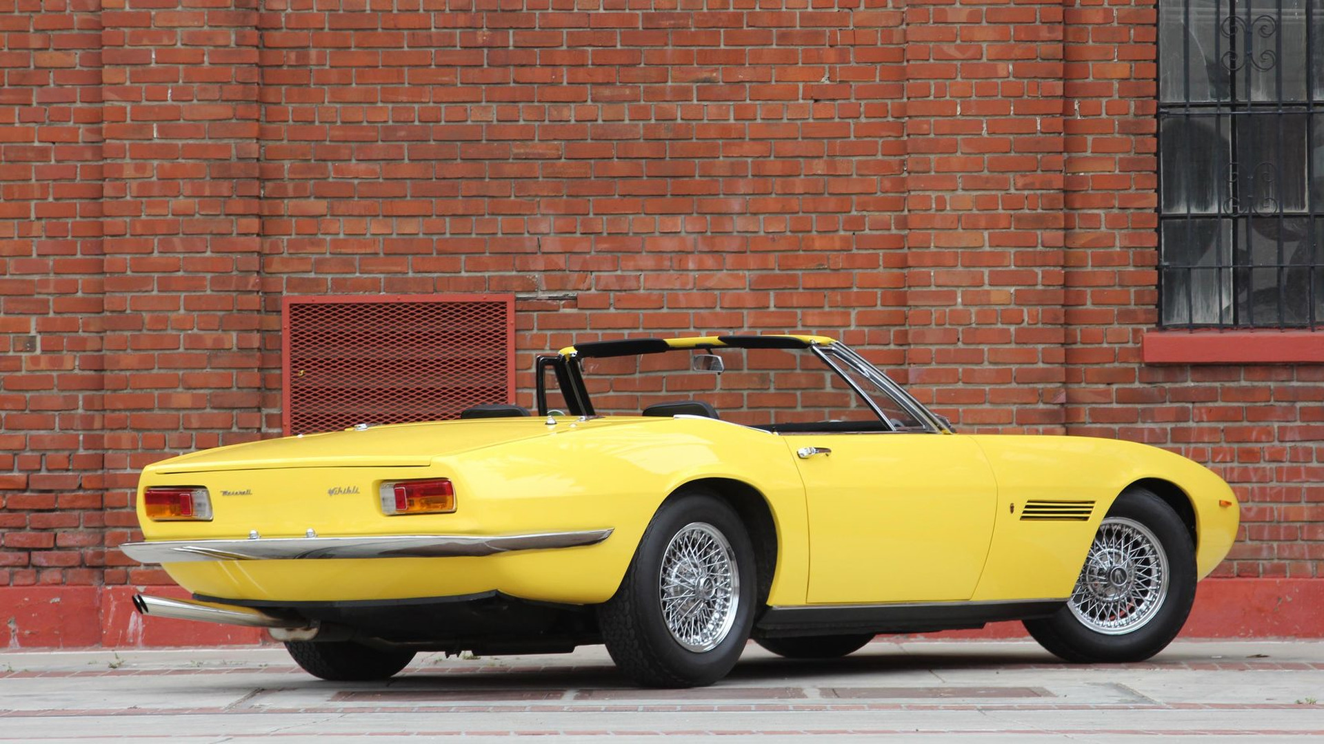 1969_Maserati_Ghibli_Spyder_04