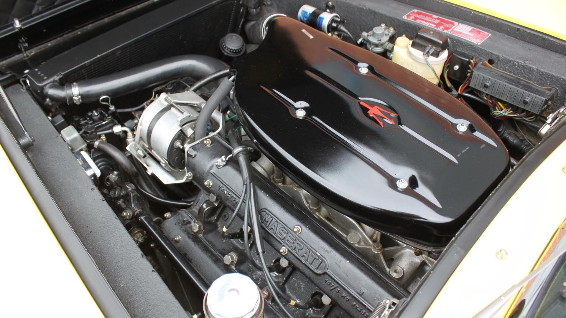 1969_Maserati_Ghibli_Spyder_09
