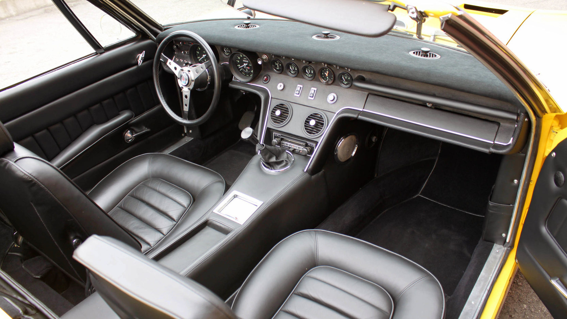 1969_Maserati_Ghibli_Spyder_11