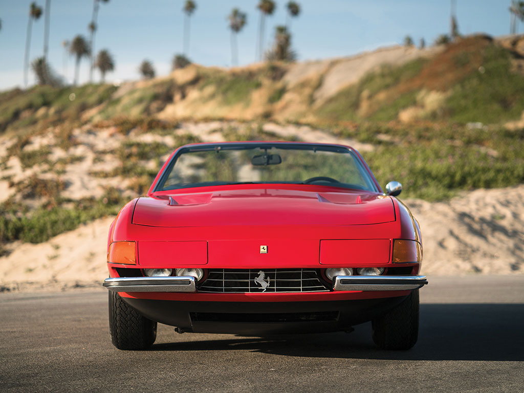 1972_Ferrari_365_GTB:4_Daytona_Spider_by_Scaglietti_08