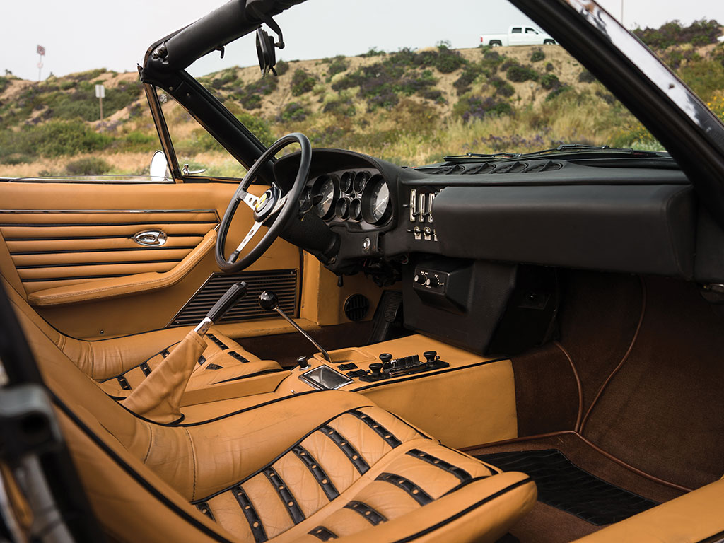 1972_Ferrari_365_GTB:4_Daytona_Spider_by_Scaglietti_10