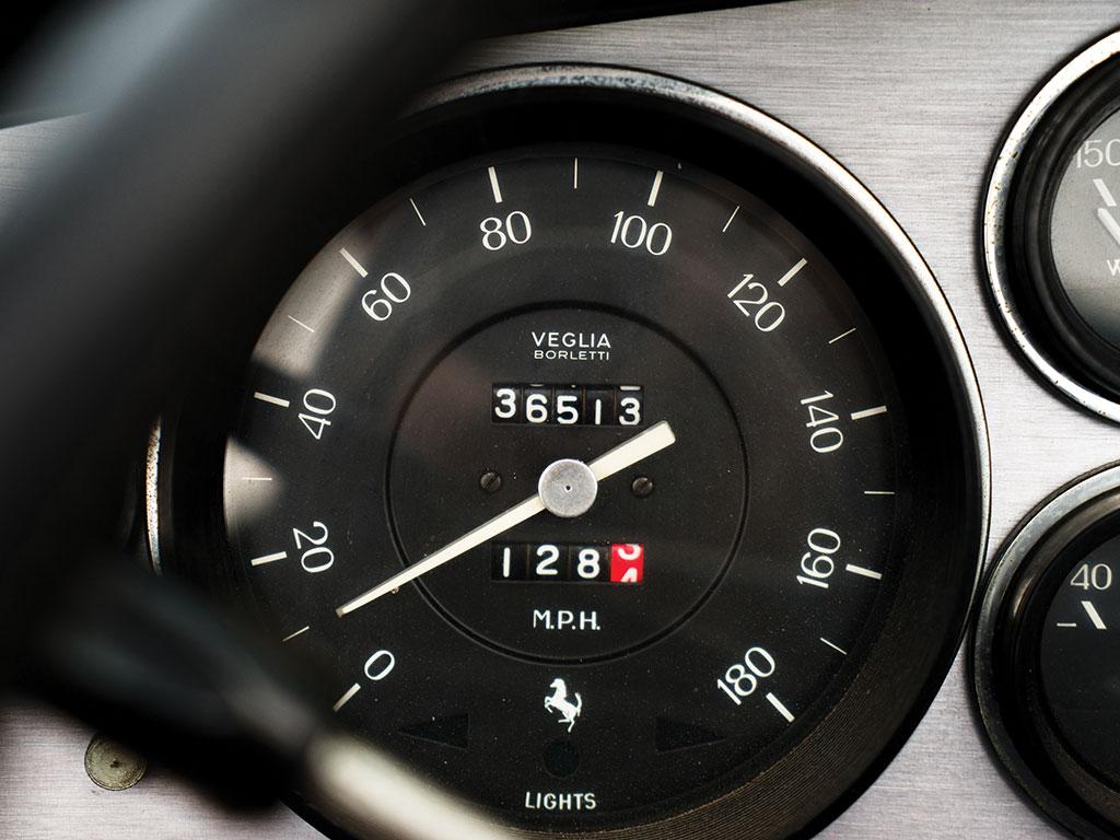1972_Ferrari_365_GTB:4_Daytona_Spider_by_Scaglietti_13