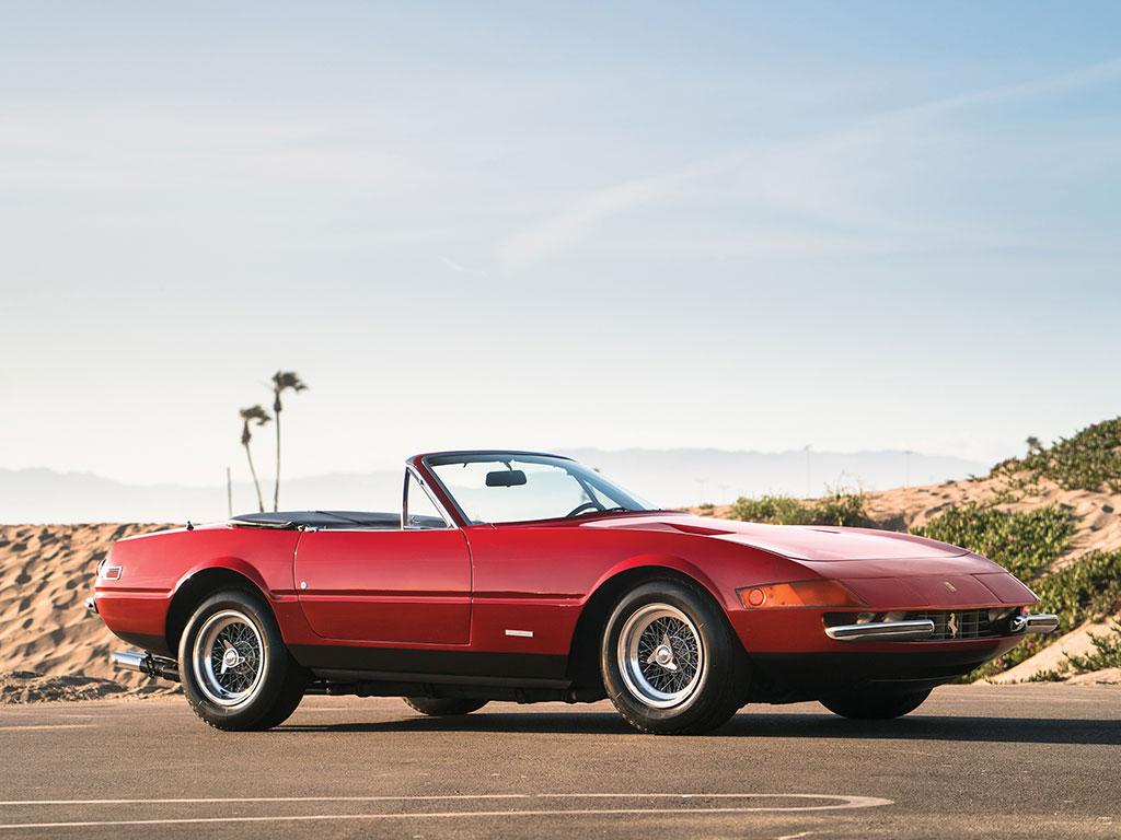 1972_Ferrari_365_GTB:4_Daytona_Spider_by_Scaglietti_18