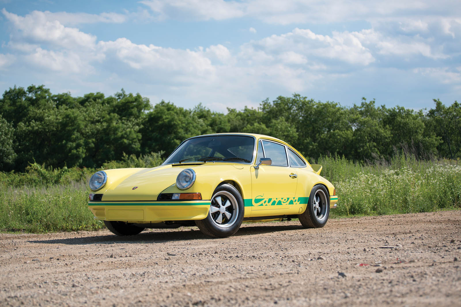 1973_Porsche_911_Carrera_RS_2.7_Lightweight_01