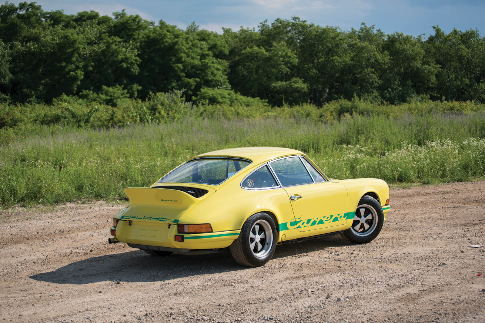 1973_Porsche_911_Carrera_RS_2.7_Lightweight_02