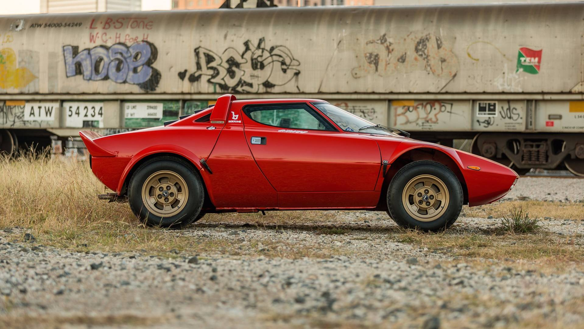 1974_Lancia_Stratos_HF_Stradale_for_sale_0000