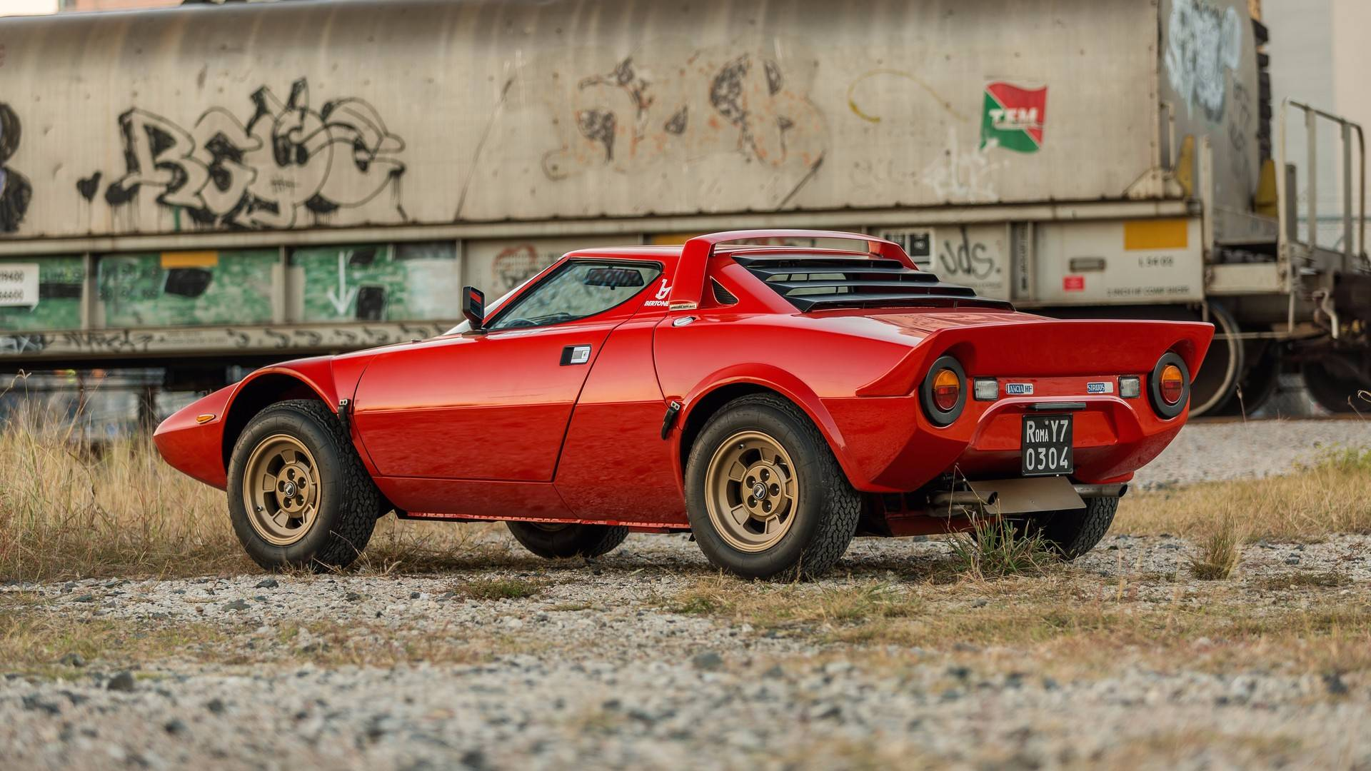 1974_Lancia_Stratos_HF_Stradale_for_sale_0003