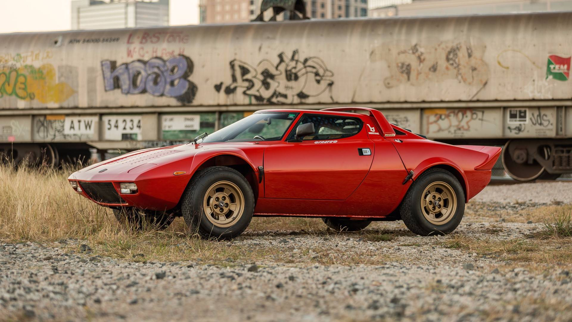 1974_Lancia_Stratos_HF_Stradale_for_sale_0004