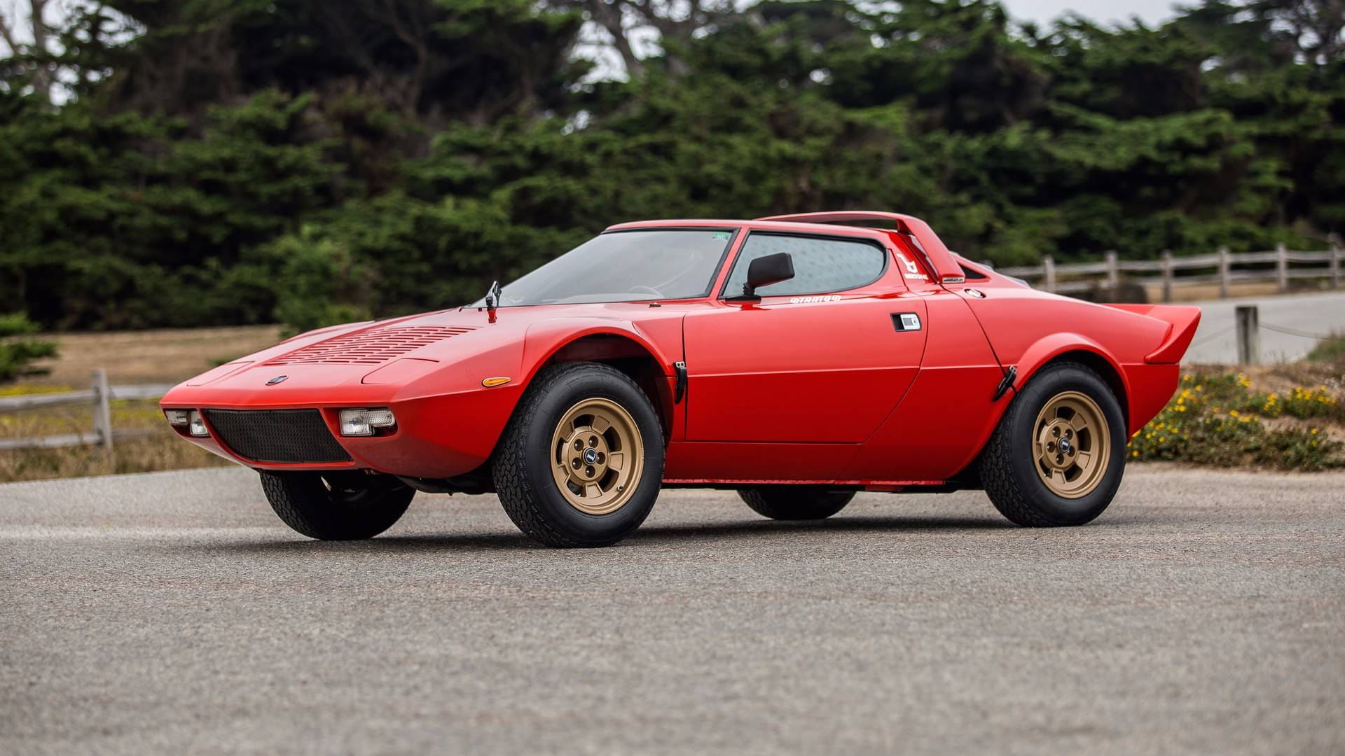 1974_Lancia_Stratos_HF_Stradale_for_sale_0009
