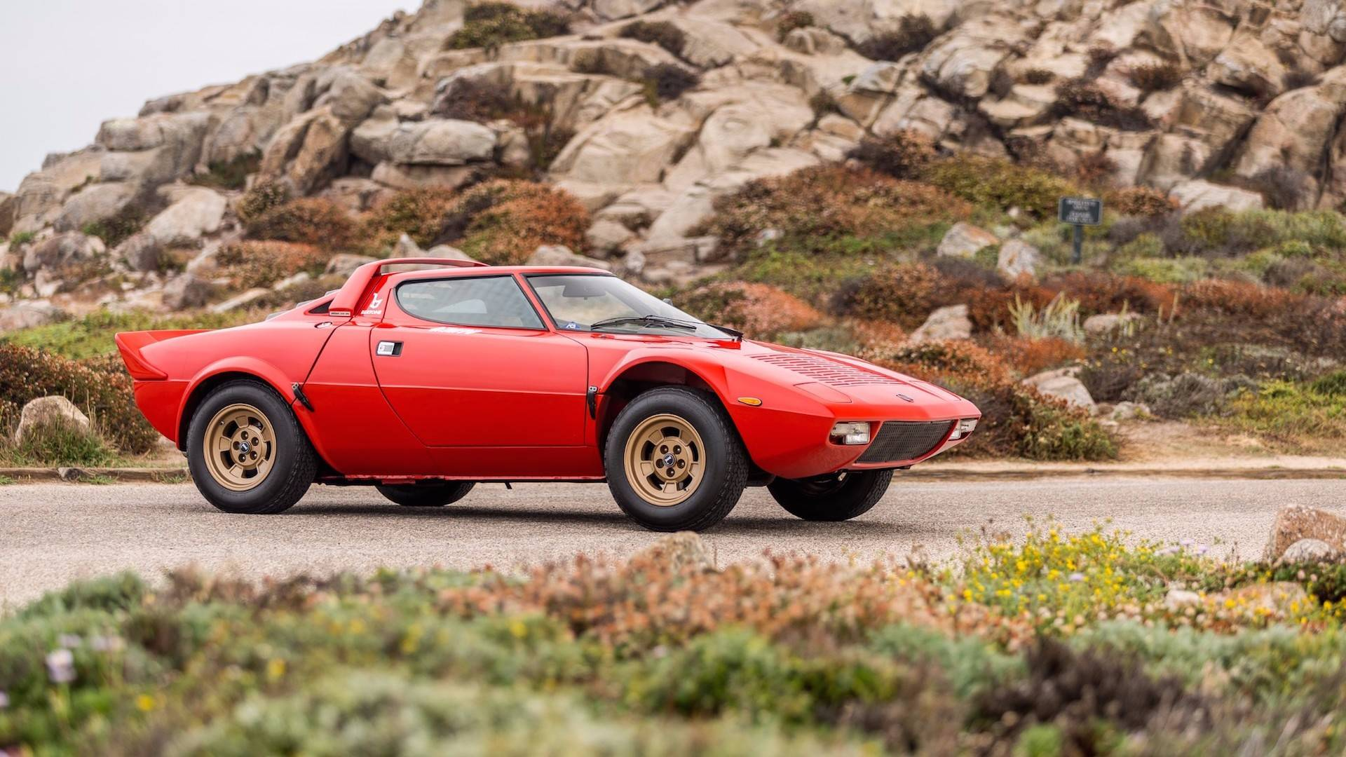 1974_Lancia_Stratos_HF_Stradale_for_sale_0010