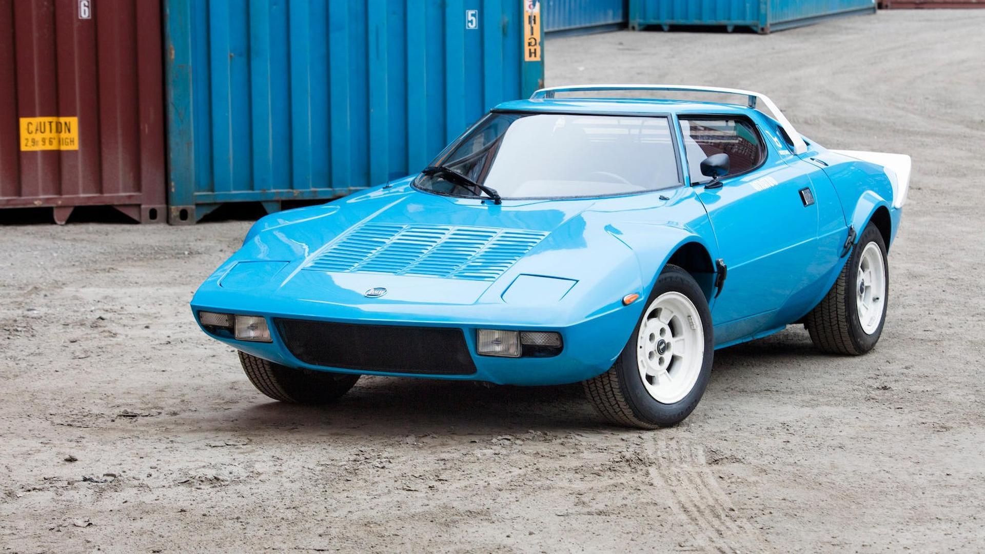 1975_Lancia_Stratos_HF_Stradale_02