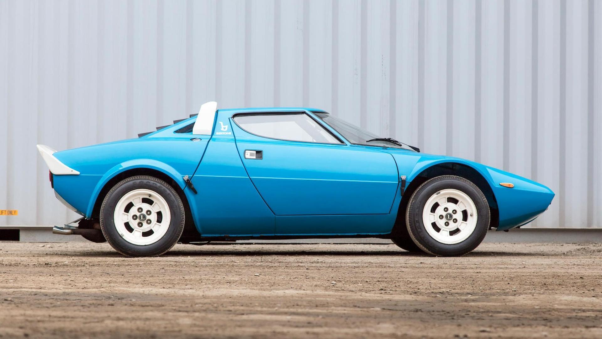 1975_Lancia_Stratos_HF_Stradale_13