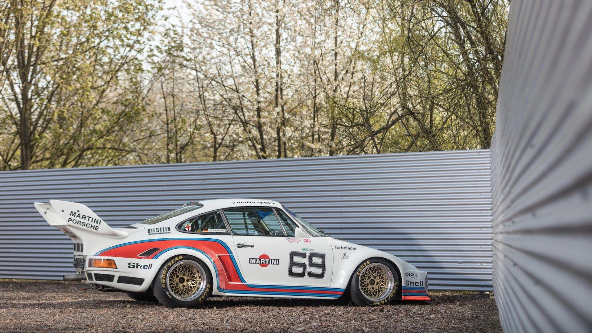 1976_Porsche_935_Auction_40
