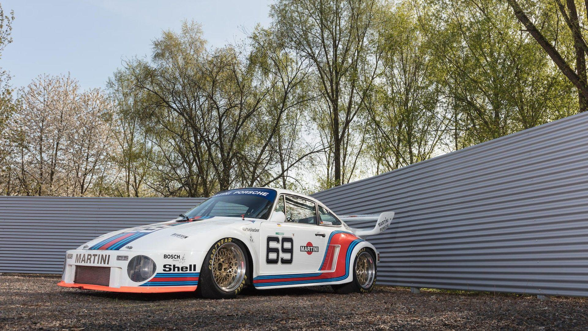 1976_Porsche_935_Auction_42