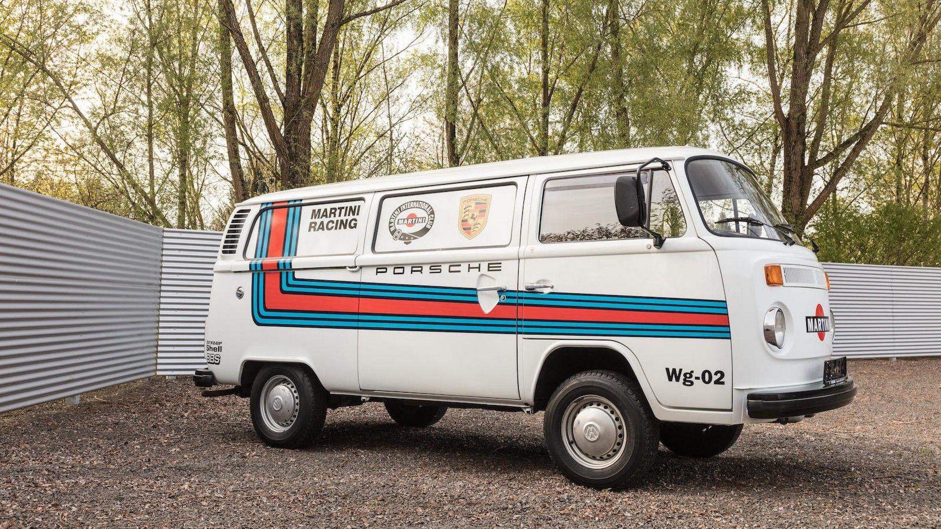 1976_Porsche_935_Auction_61