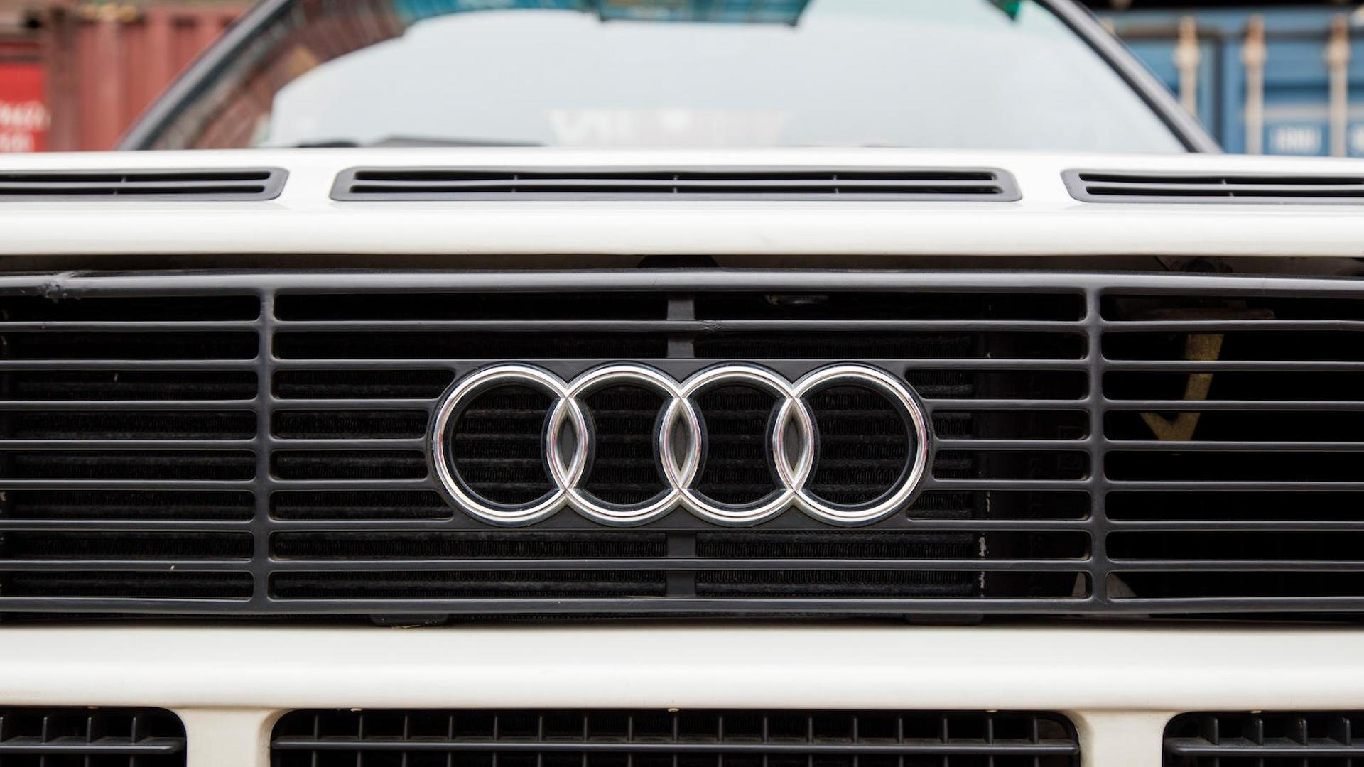 1985_Audi_Sport_Quattro_S1_10