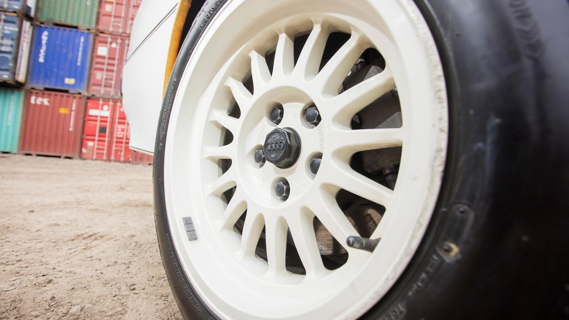 1985_Audi_Sport_Quattro_S1_14